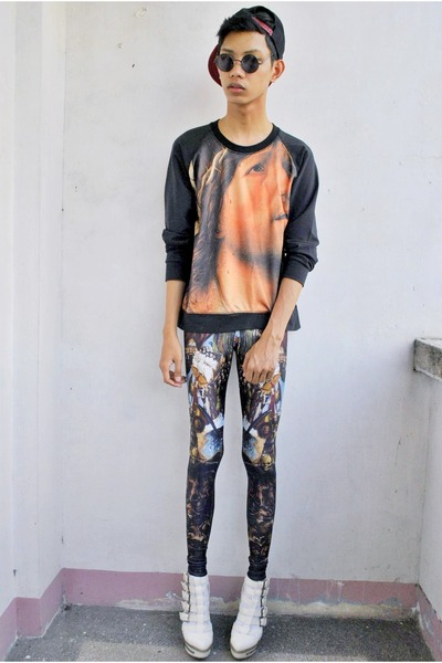 dark gray punkxpretty leggings - gold punkxpretty sweatshirt
