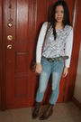 White-top-blue-jeans-brown-bag-brown-shoes-brown-belt