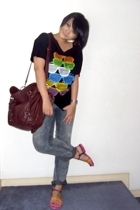 t-shirt - Levis jeans - China accessories - shoes - casio accessories