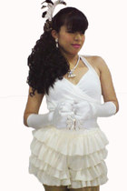 white Glamdiva Collections shorts - black Glamdiva Collections hat
