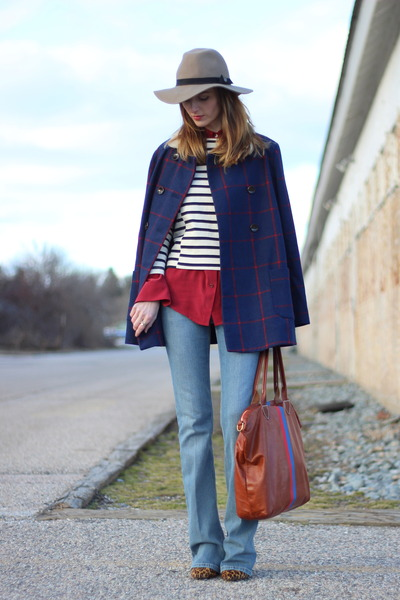 brick red silk Equipment blouse - navy checked Old Navy coat