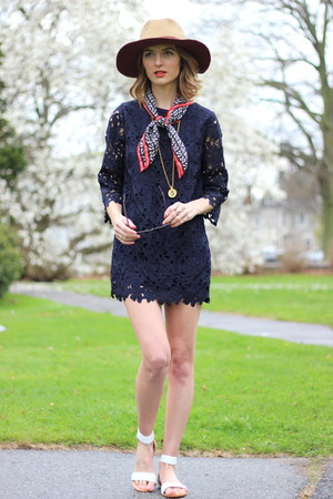 neutral panama hat david & young hat - navy lace Darling dress