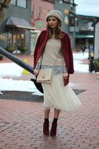 ruby red cocoon Old Navy coat - maroon ankle boots Steve Madden boots