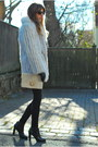 Black-skinny-j-brand-jeans-white-fox-fur-vintage-jacket