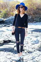 black skinny madewell jeans - blue fedora Bluefly hat