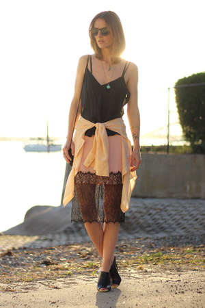 black silk JCrew top - peach lace asos skirt