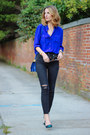 Black-skinny-madewell-jeans-blue-cross-body-brahmin-bag