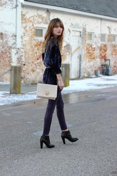 deep purple velvet Gypsy 05 dress - deep purple skinny J Brand jeans