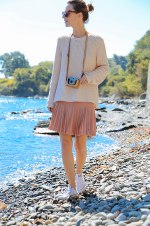 light pink pleated JCrew skirt - light pink knit Shopbop sweater