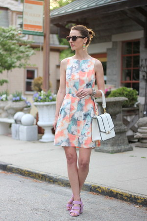 light pink watercolor modcloth dress - white leather brahmin bag