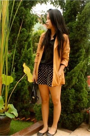 vintage blazer - H&M shirt - LBD shorts - rubi flats