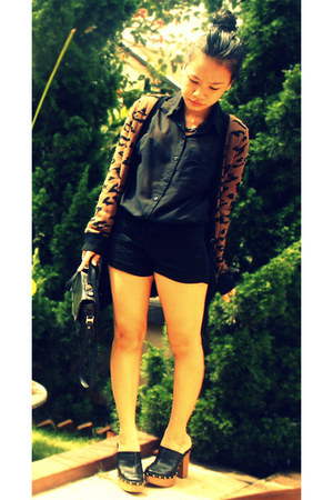 H&M shirt - Zara cardigan - juneandjulia clogs