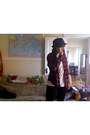Black-charlotte-russe-hat-red-thrift-store-shirt-white-nolli-shirt-navy-ta