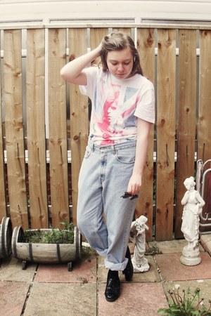white Bowie shirt t-shirt - black River Island shoes - light blue Levis jeans