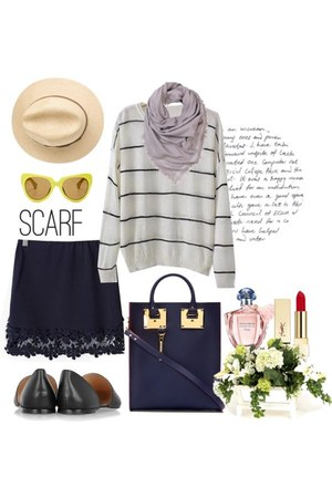 sweatshirt - skirt - flats