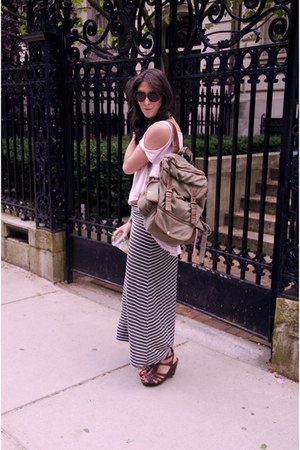 olive green bag - light pink top - charcoal gray maxi skirt - brown wedges