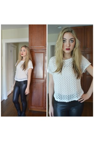 black faux leather Forever 21 leggings - white crochet shirt