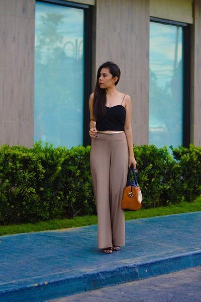 light brown palazzo vintage pants - black vintage top