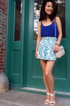 thrifted bag - thrifted skirt - thrifted top - Alex and Ani bracelet