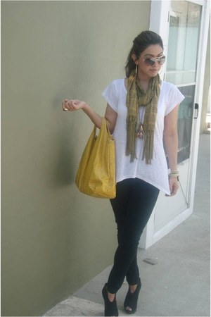 wild pair shoes - forever 21 jeans - aldos sunglasses - forever 21 ring