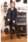 Black-essence-boots-black-canda-leggings-navy-softgrey-blazer