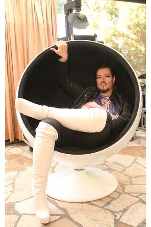 white Tess boots - black Ikebana leggings - black Canda vest