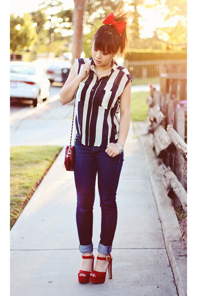 suede MYHOTSHOES heels - striped Forever 21 blouse