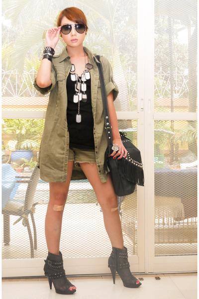 dark gray mesh with studs online boots - army green Zara coat - army green Mango