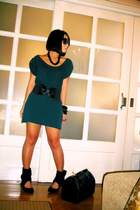 black cinch waist Details belt - black Zara shoes - green Zara dress