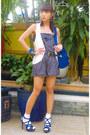 Cmg-bag-school-girl-marks-and-spencer-socks-forever21-romper-mango-vest