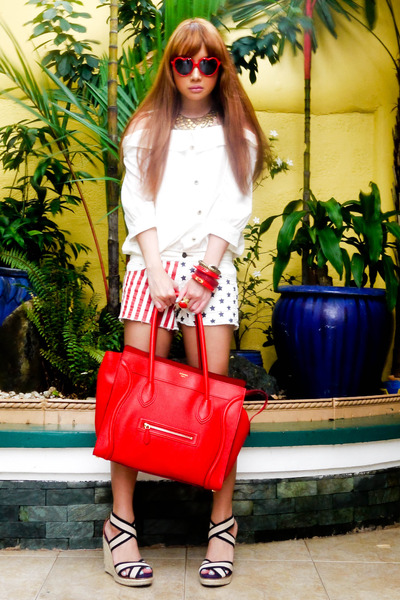 Black Zara Coats, Red Celine Bags, Black Zara Blouses | \u0026quot;Loose ...