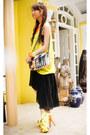 Yellow-spiked-heels-das-heels-orange-tribal-satchel-queen-street-bag