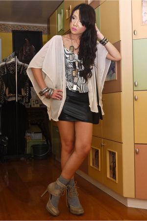 white Glitterati vest - gray Glitterati top - black Glitterati skirt - black Baz