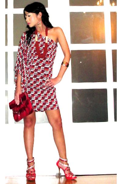 gold coral gold cuff H&M bracelet - red online shoes - white Glitterati dress