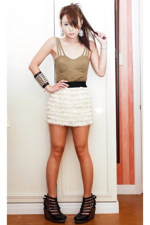 cropped Glitterati top - frilly ruffled random skirt - Soule Phenomenon heels -