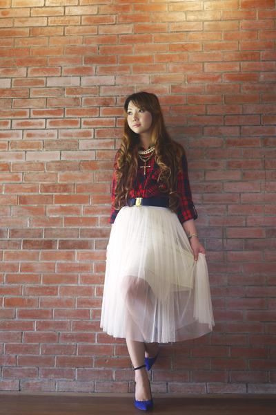 white Glitterati skirt - blue Zara shoes - navy Givenchy bag - red Zara top