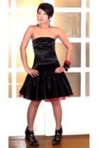 black Glitterati dress - black Topshop shoes - black with red bangle bracelet