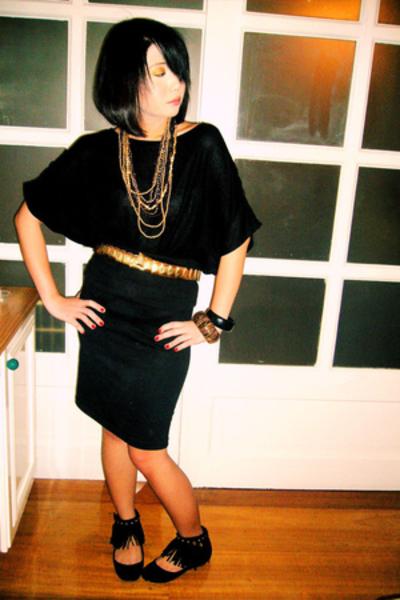 gold vintage belt - black Zara shoes - black Archeology at Rockwell shirt