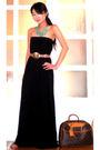Black-glitterati-dress-beige-vintage-italian-belt-blue-vida-jewelry-necklace