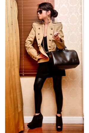 black Louis Vuitton bag - black Topshop boots - black leggings
