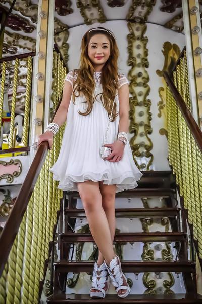 white romwe dress