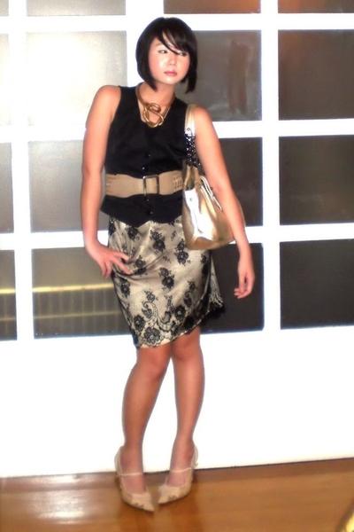 Zara vest - Zara top - vintage skirt - Nine West shoes - Kenneth Cole purse - ne