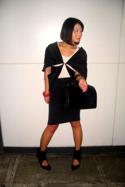 black Tyler for Adora coat - black Zara shoes - white cotton tank Tyler top