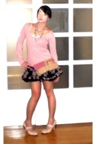pink cotton v-neck Zara sweater - pink Nine West shoes