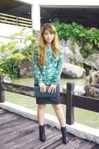 green Altuzzara sweater - black ALTUZARRA boots