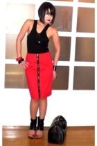 black Hanes top - black Monica Fig shoes - black Louis Vuitton bag