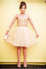 Peach-beaded-tulle-mango-dress-gold-clutch-vintage-bag-nude-accessories