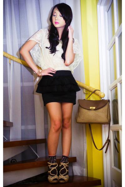 beige vintage Nina Ricci bag - beige strappy woven Topshop shoes