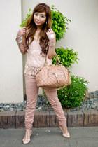 neutral Marc Jacobs bag - neutral Zara pants
