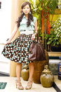 Light-brown-vintage-skirt-dark-brown-muse-ysl-bag-beige-bazaar-belt